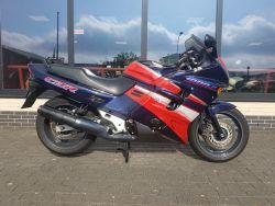 CBR 1000 F  Honda CBR 1000 F 1