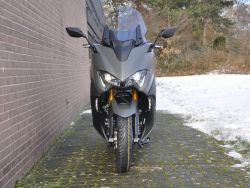 YAMAHA T-MAX XP 560 A Tech MAX