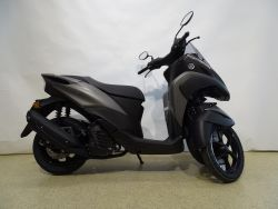 MW125 Tricity ABS