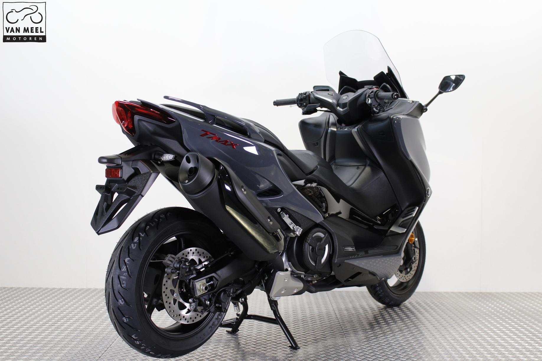 YAMAHA - T-MAX 560 ABS Tech MAX