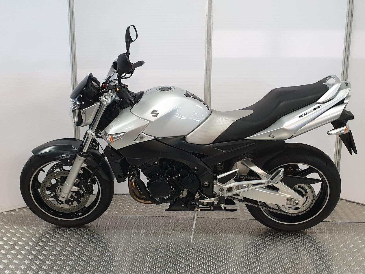 SUZUKI - GSR 600 ABS