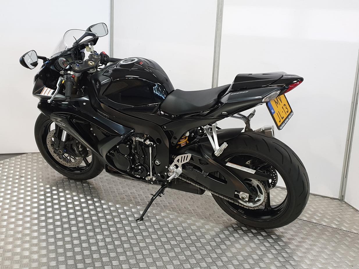 SUZUKI - GSX-R 600
