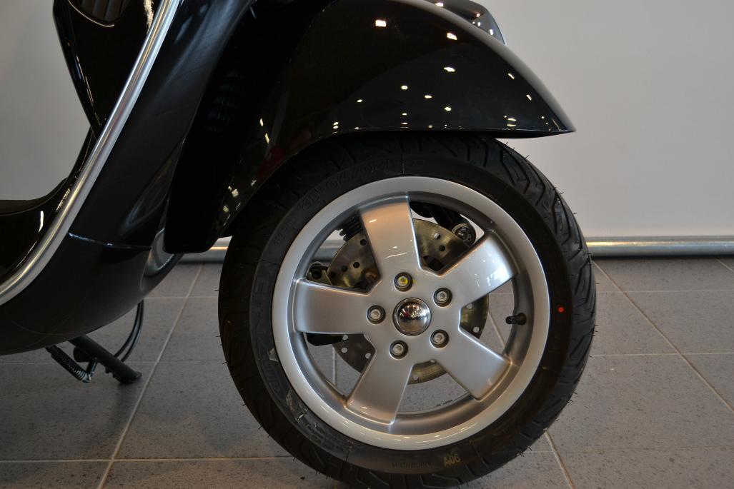VESPA - GTS 300 ABS/ASR