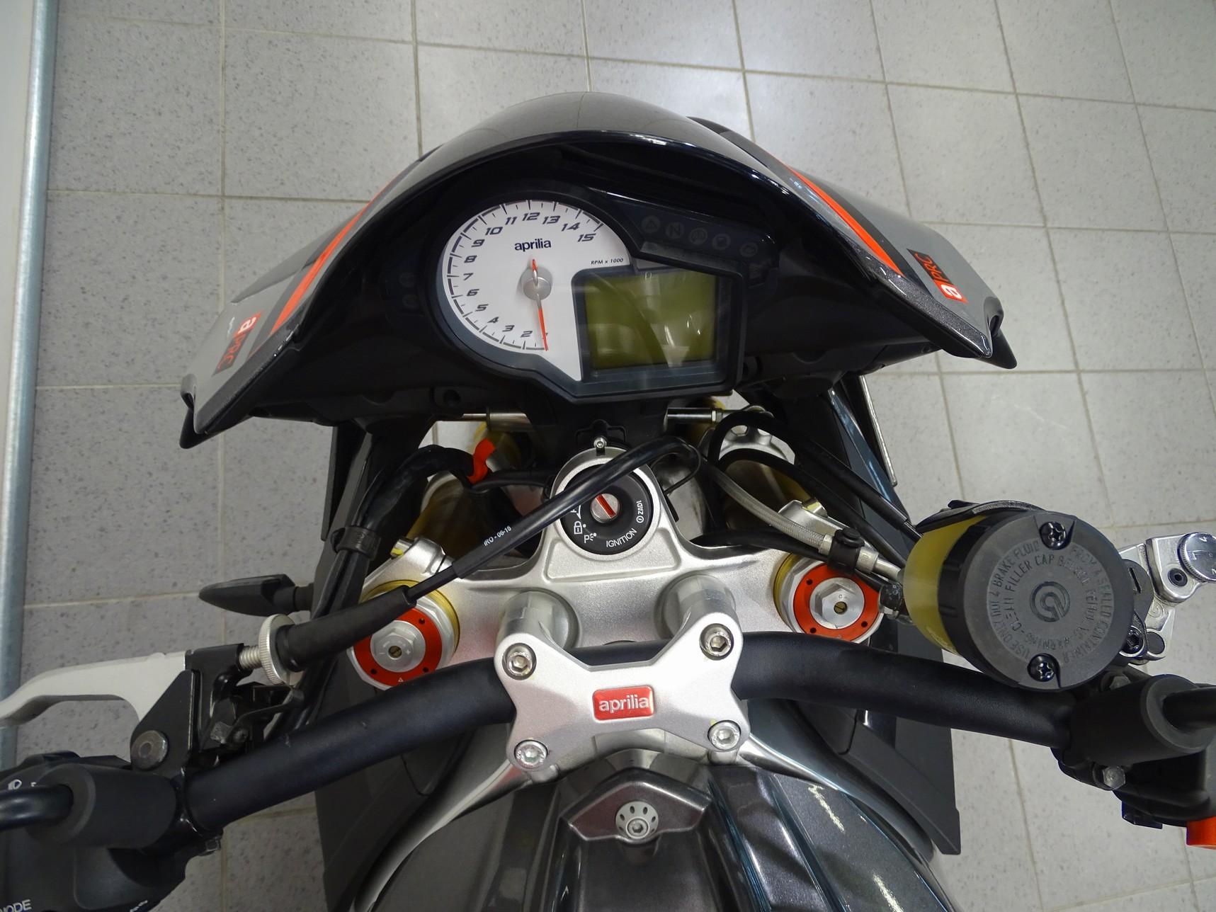 APRILIA - TUONO V4 1100