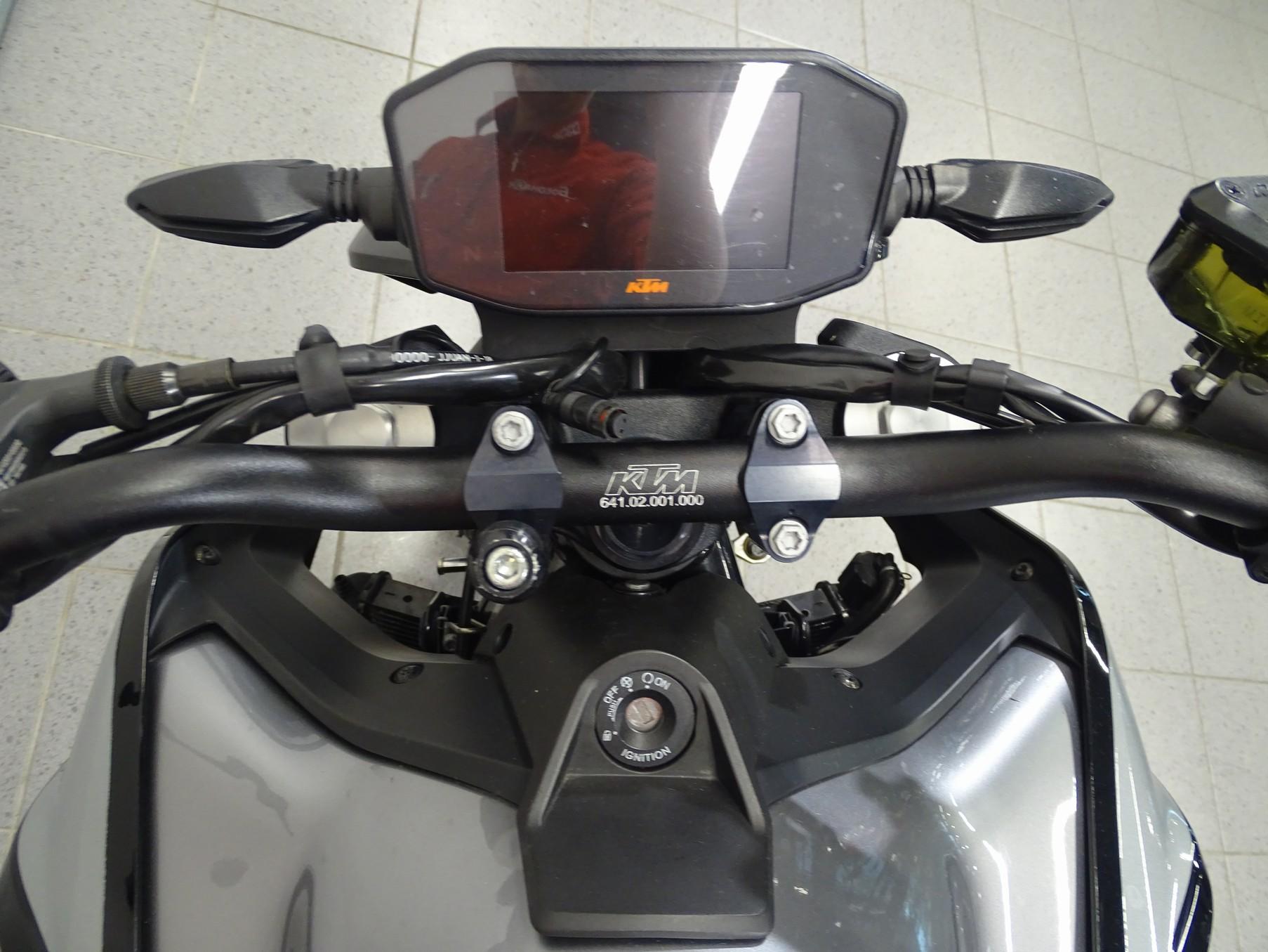 KTM - 790 DUKE