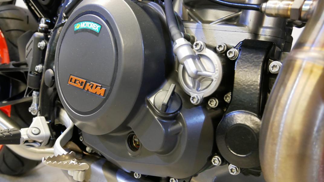 KTM - 690 DUKE