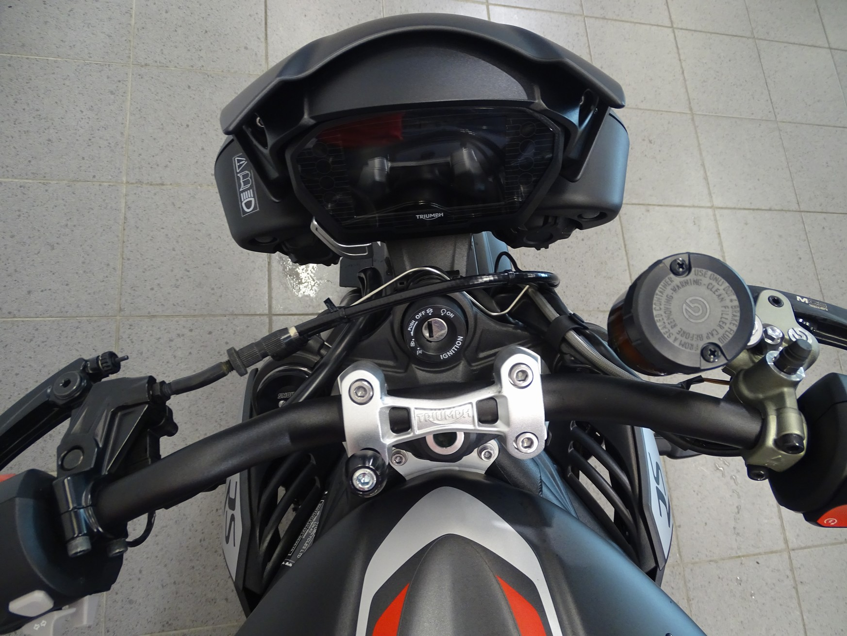 TRIUMPH - STREET TRIPLE RS