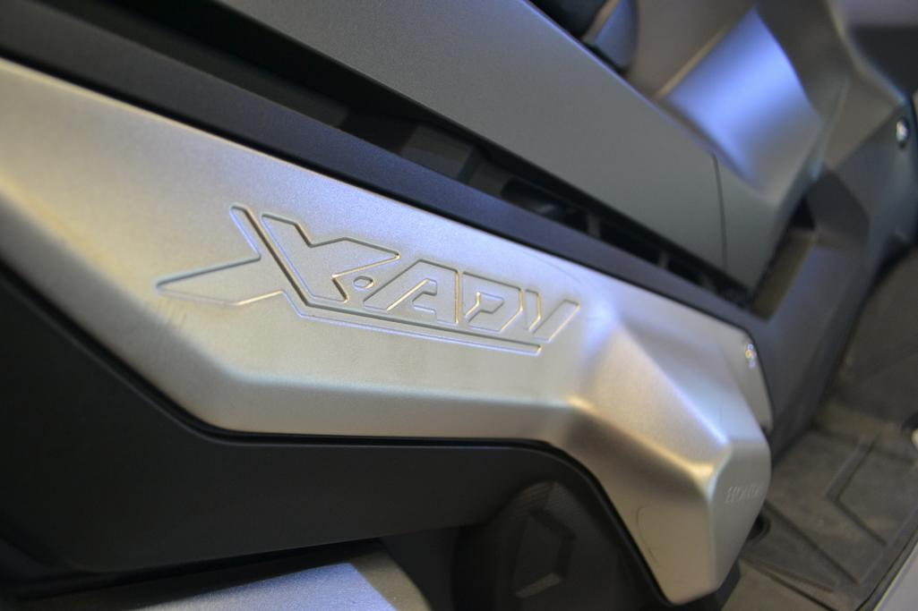 HONDA - X-ADV