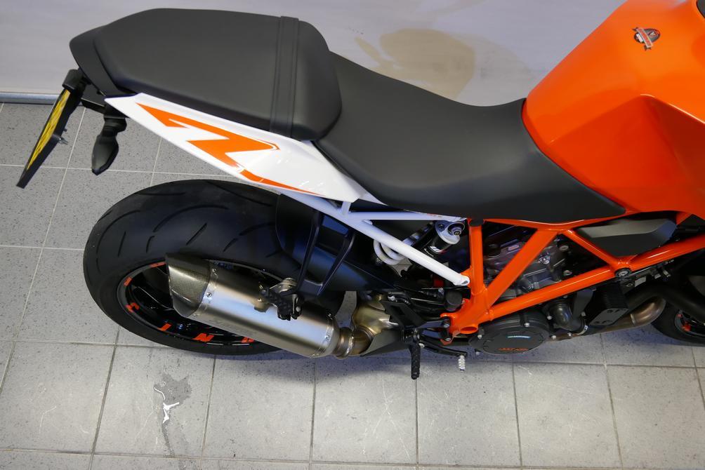 KTM - 1290 SUPERDUKE R ABS