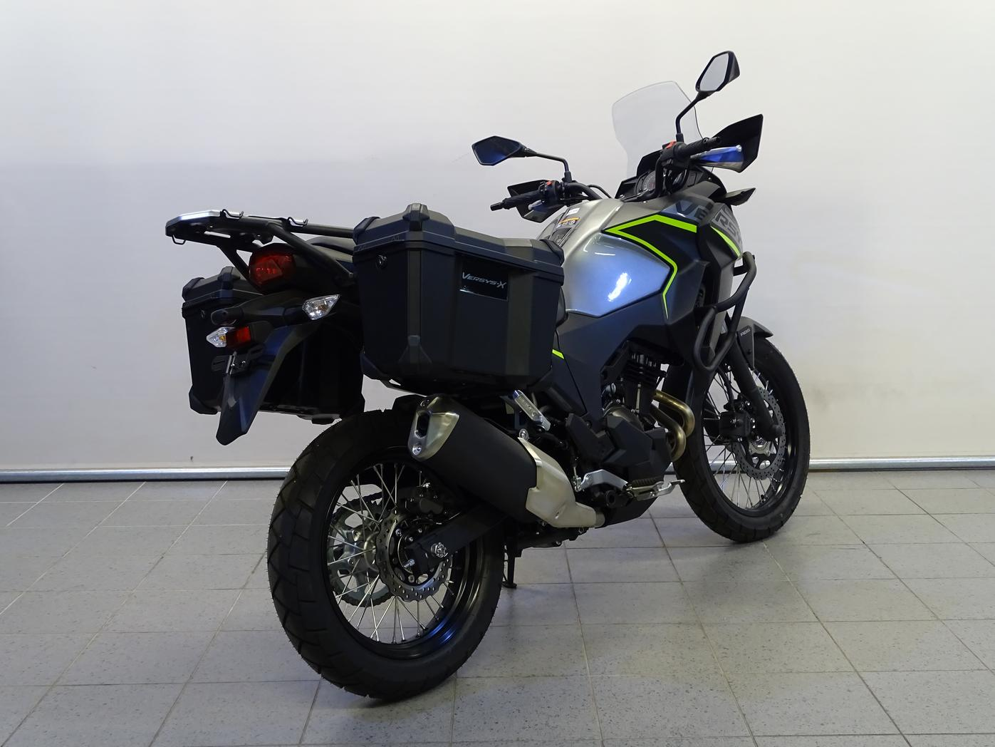 KAWASAKI - VERSYS-X 300