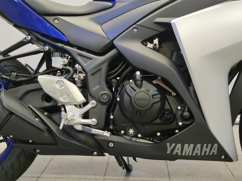 YAMAHA - YZF-R3
