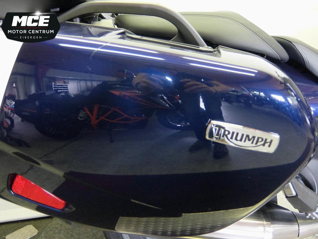 TRIUMPH - Trophy 1200 SE