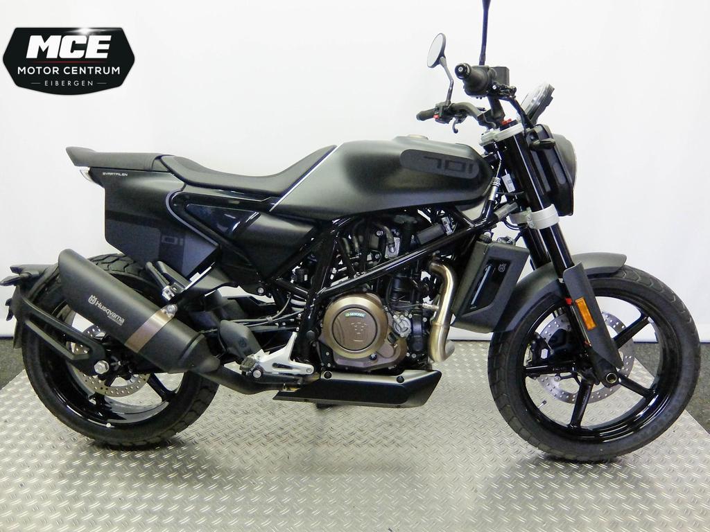 HUSQVARNA - Svartpilen 701