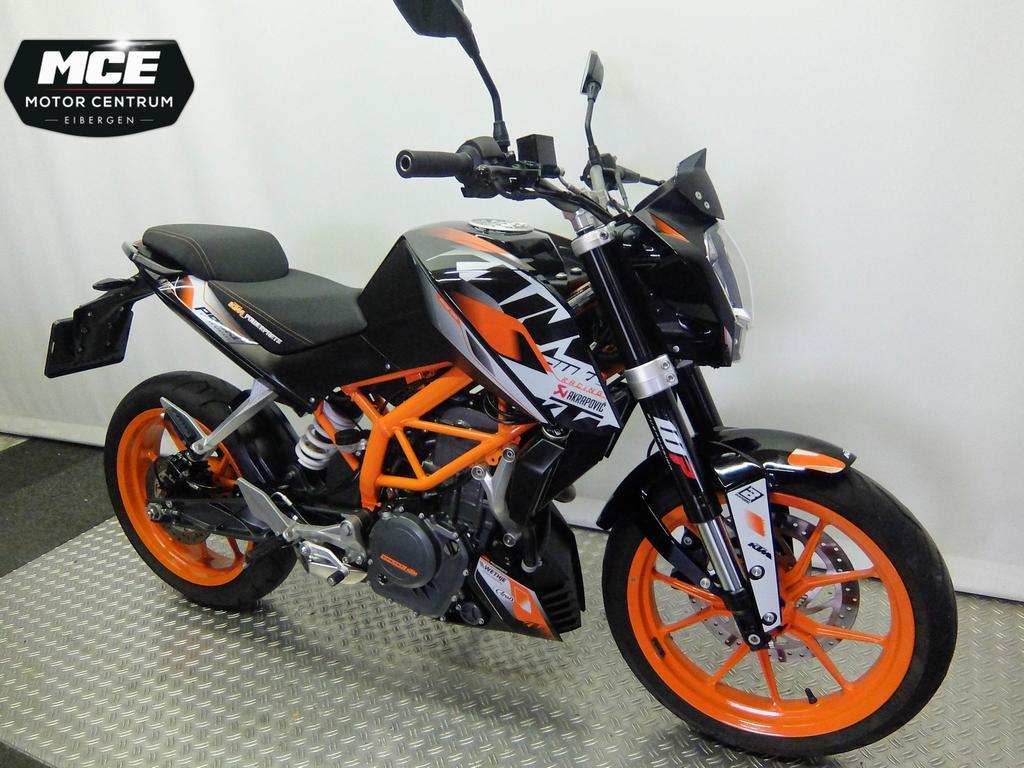 KTM - Duke 390