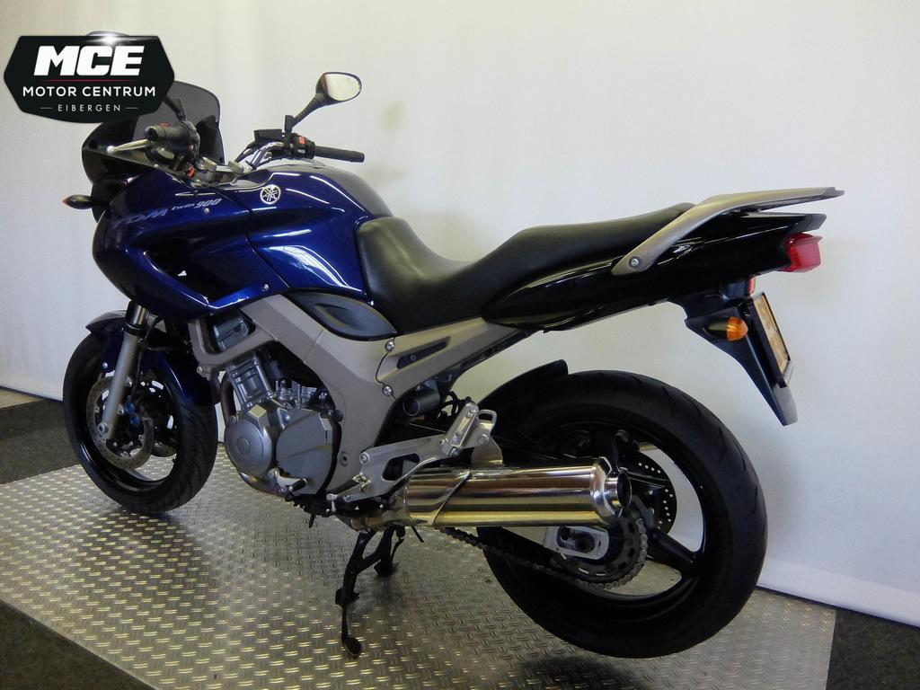YAMAHA - TDM 900