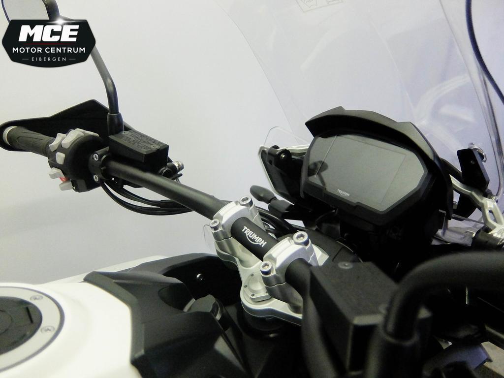 TRIUMPH - Tiger 1200 XCA