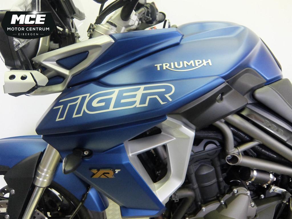 TRIUMPH - Tiger 800 XRT
