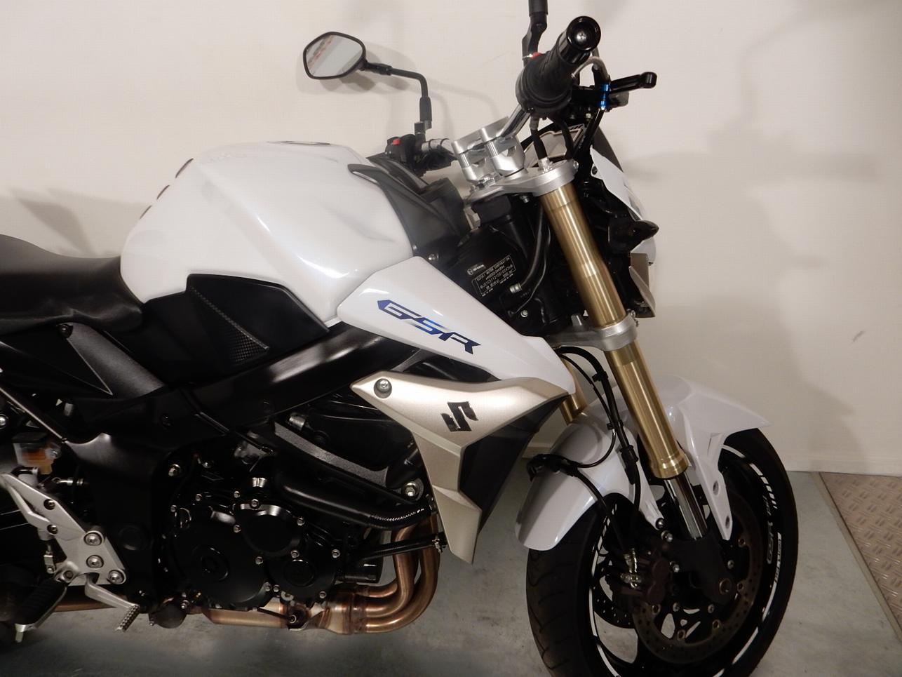 SUZUKI - GSR 750A GSR 750 ABS in perfe