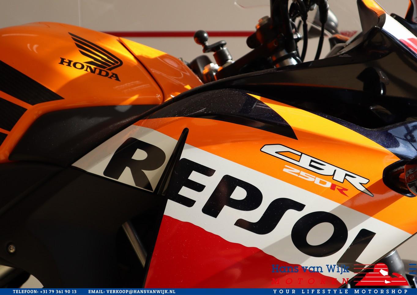 HONDA - CBR250RA REPSOL