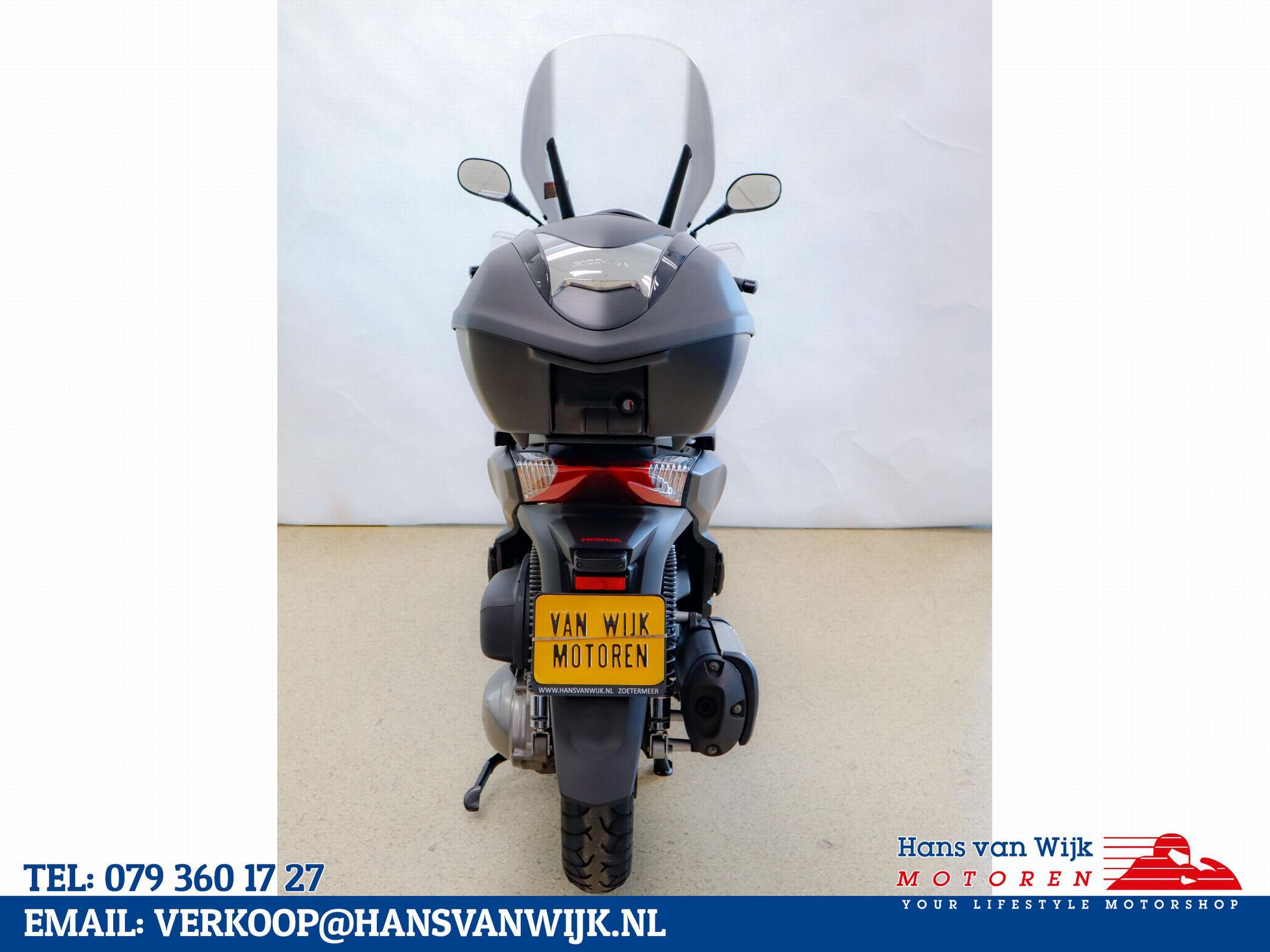 HONDA - SH300i
