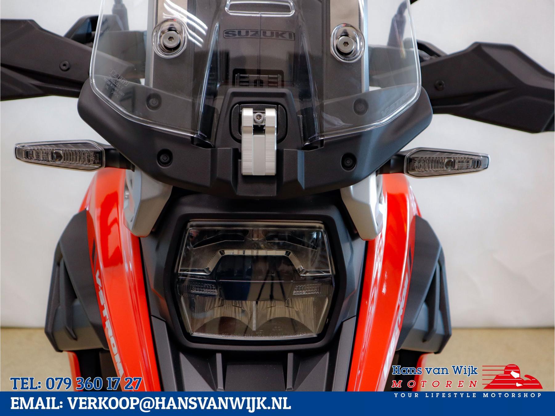 SUZUKI V-Strom 1050XT-abs