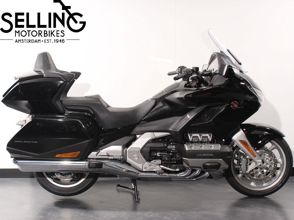 HONDA - GL 1800 DCT De Luxe