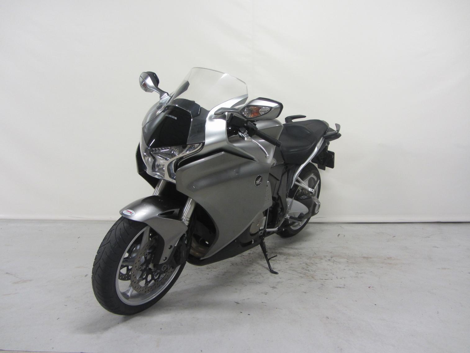 HONDA - VFR1200F ABS