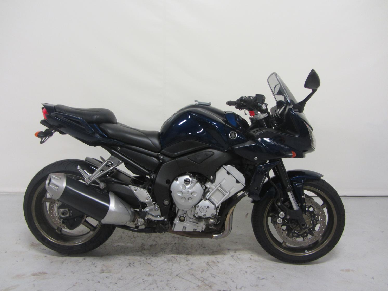 deze yamaha fz1 fazer abs is te koop bij motor center venlo. Black Bedroom Furniture Sets. Home Design Ideas