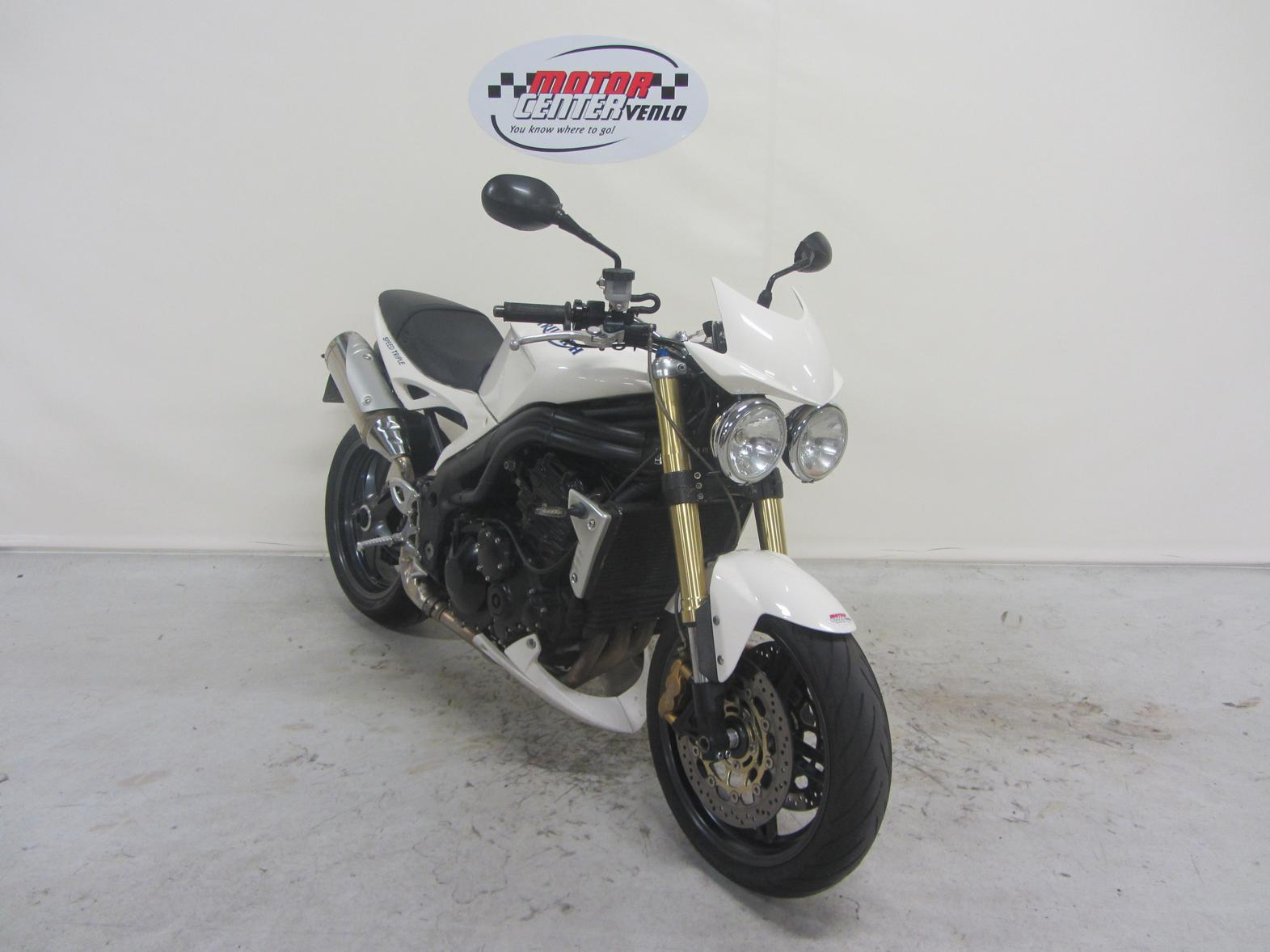TRIUMPH - SPEED TRIPLE 1050