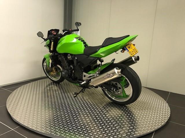 KAWASAKI - Z1000