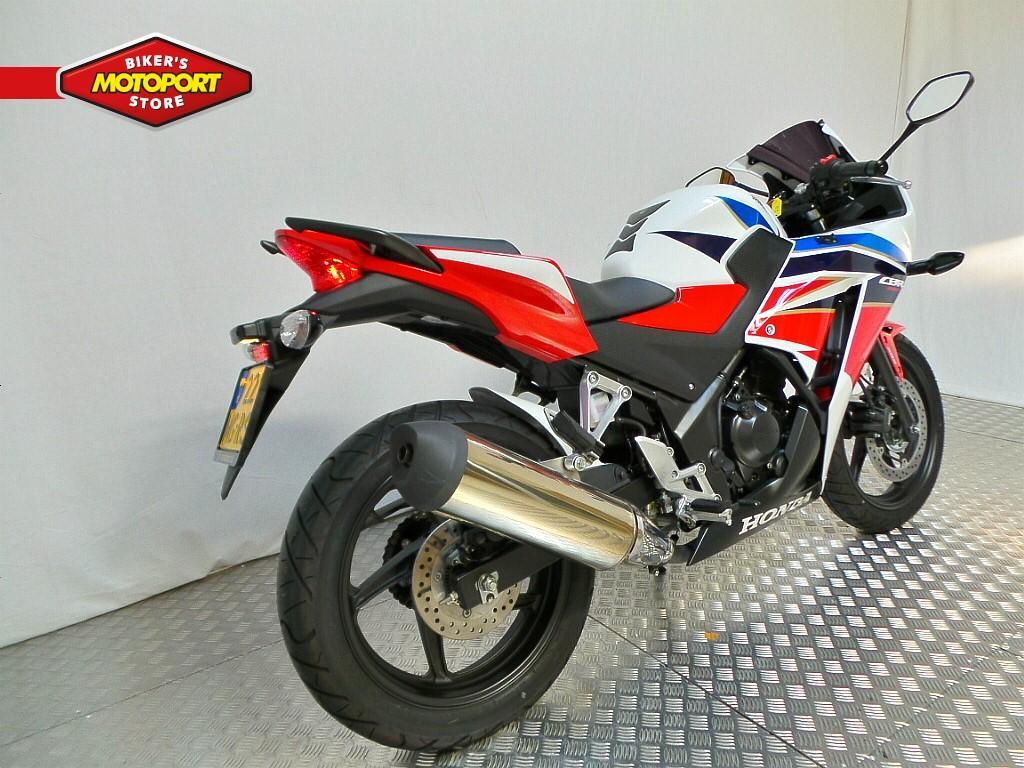 HONDA - CBR 300 RA