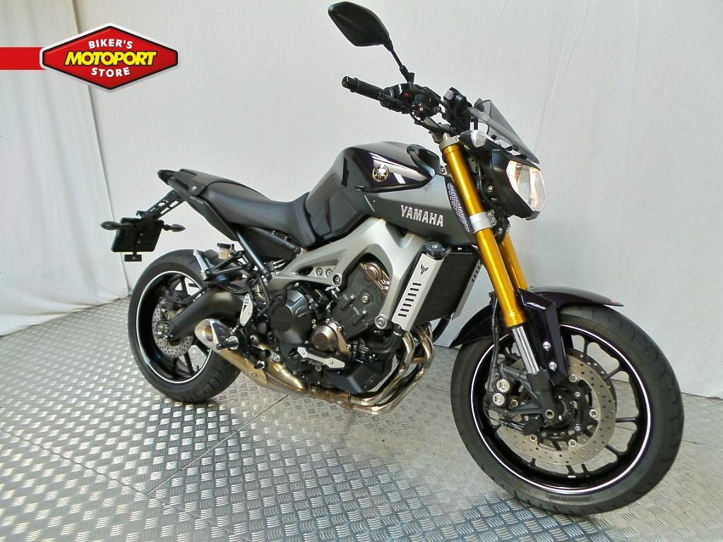 YAMAHA - MT-09 ABS