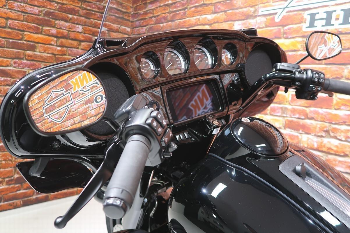 HARLEY-DAVIDSON - FLHTK Electra Limited 114 FLH