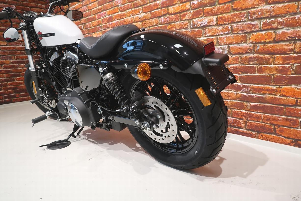 HARLEY-DAVIDSON - XL 1200 X Forty Eight