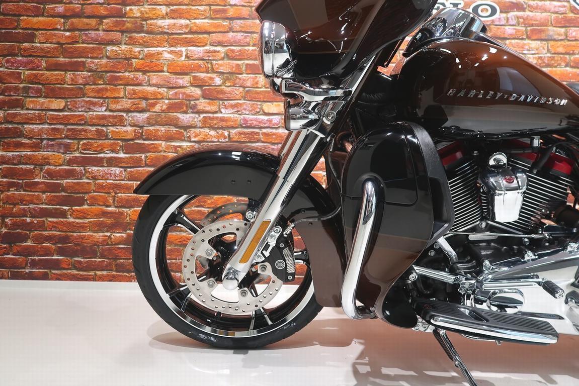 HARLEY-DAVIDSON - FLHTKSE Ultra Limited CVO 117