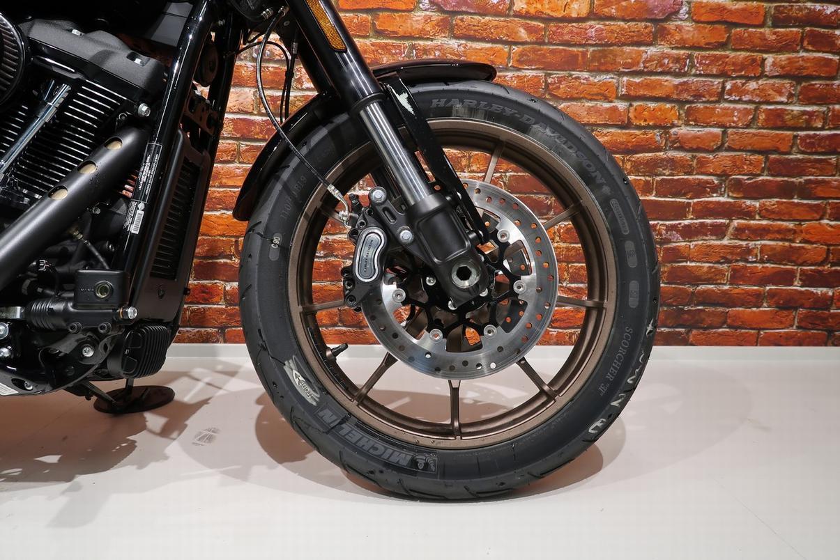 HARLEY-DAVIDSON - FXLRS Softail Low Rider S 114