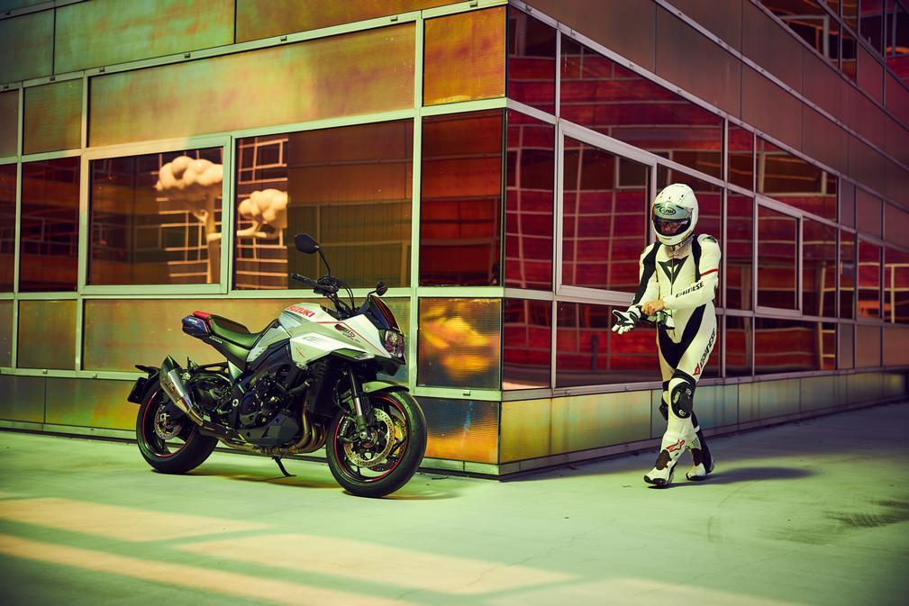 SUZUKI - GSX-S1000SRQ Katana Special R-