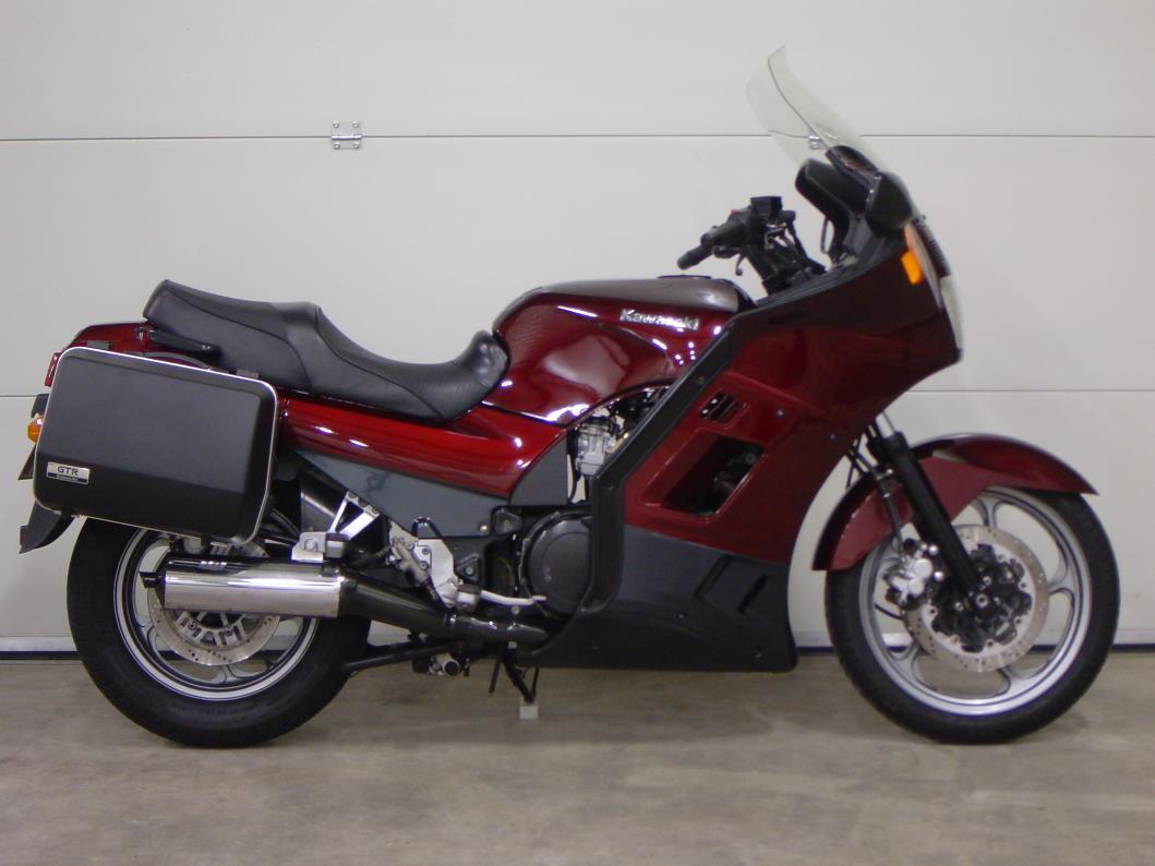 KAWASAKI - GTR 1000