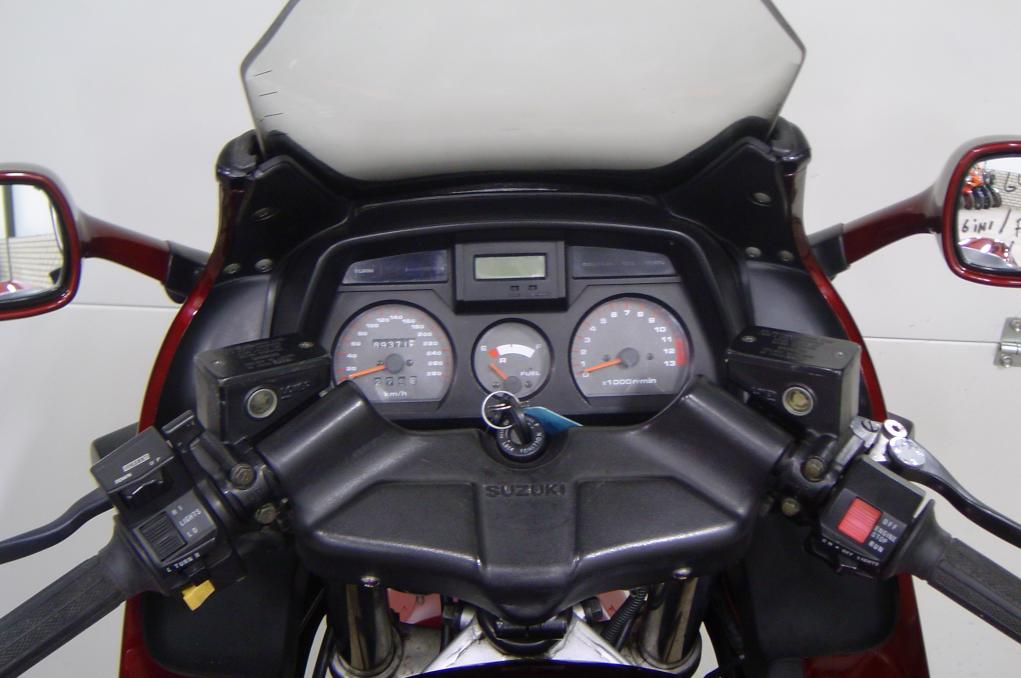 SUZUKI - GSX 1100 F