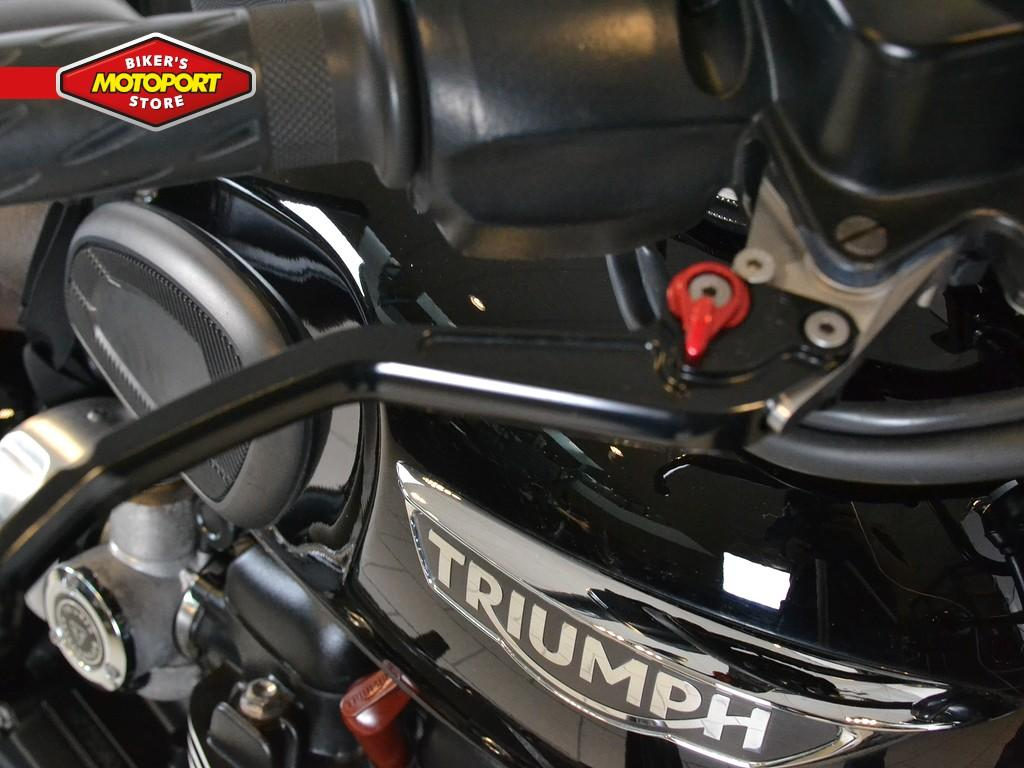 TRIUMPH - Bonneville T120 Black