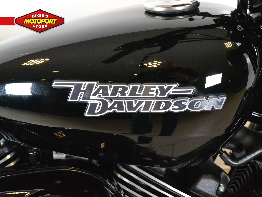HARLEY-DAVIDSON - Street 750 Abs