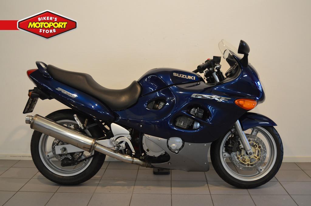 SUZUKI - GSX 750 F