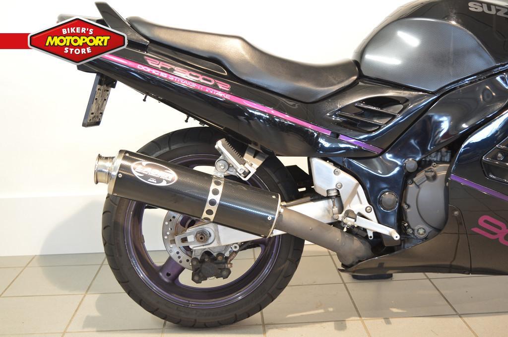 SUZUKI - RF 900 R