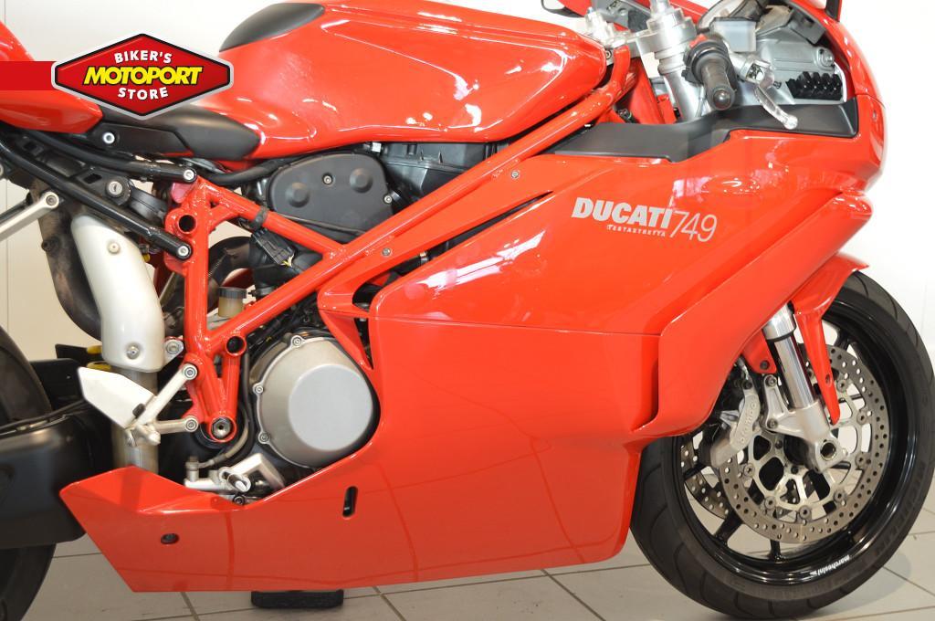 DUCATI - 749 BIPOSTO