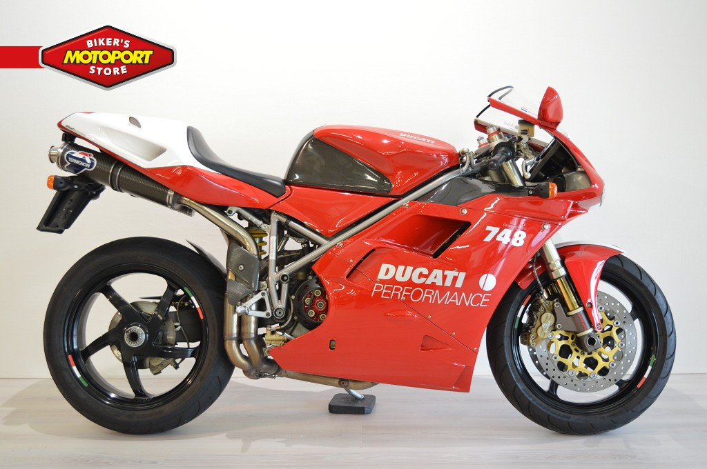 DUCATI - 748 S