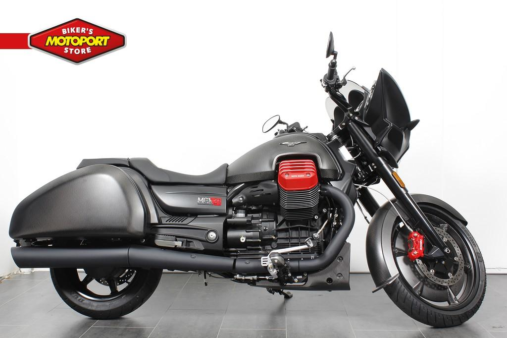 MOTO GUZZI - MGX-21 FLYING FORTRESS