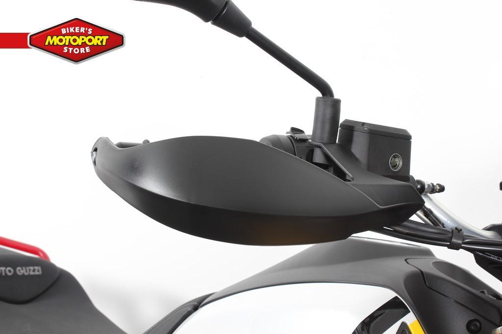 MOTO GUZZI - V85 TT EVOCATIVE
