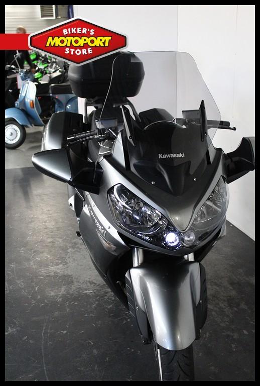 KAWASAKI - GTR 1400
