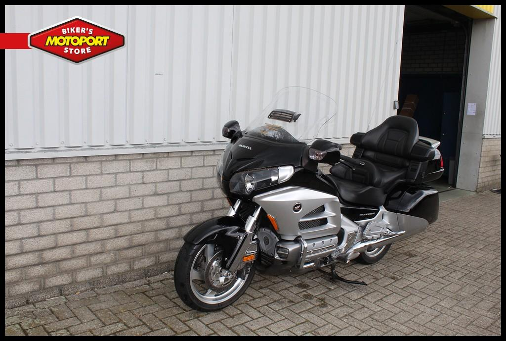 HONDA - GL 1800 Abs Deluxe Goldwing