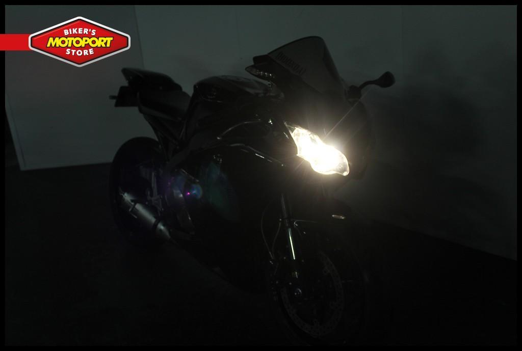 HONDA - CBR 1000 RR Fireblade